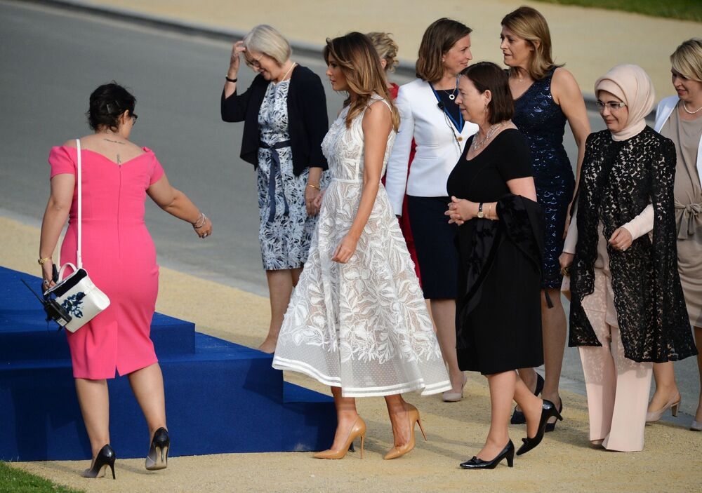 Spouses of participants in the summit of Heads of State and Heads of Government of the countries of the North Atlantic Alliance (NATO) before the photography ceremony in Brussels.