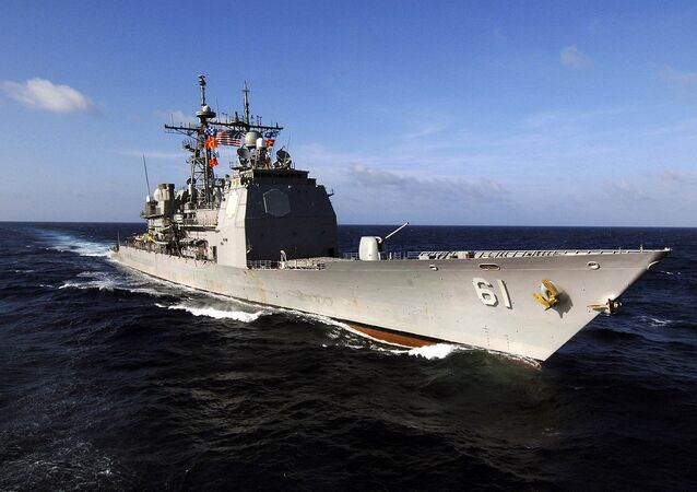 Ticonderoga-class guided missile cruiser USS Monterey (CG 61) conducts routine maneuvers in the Caribbean Sea