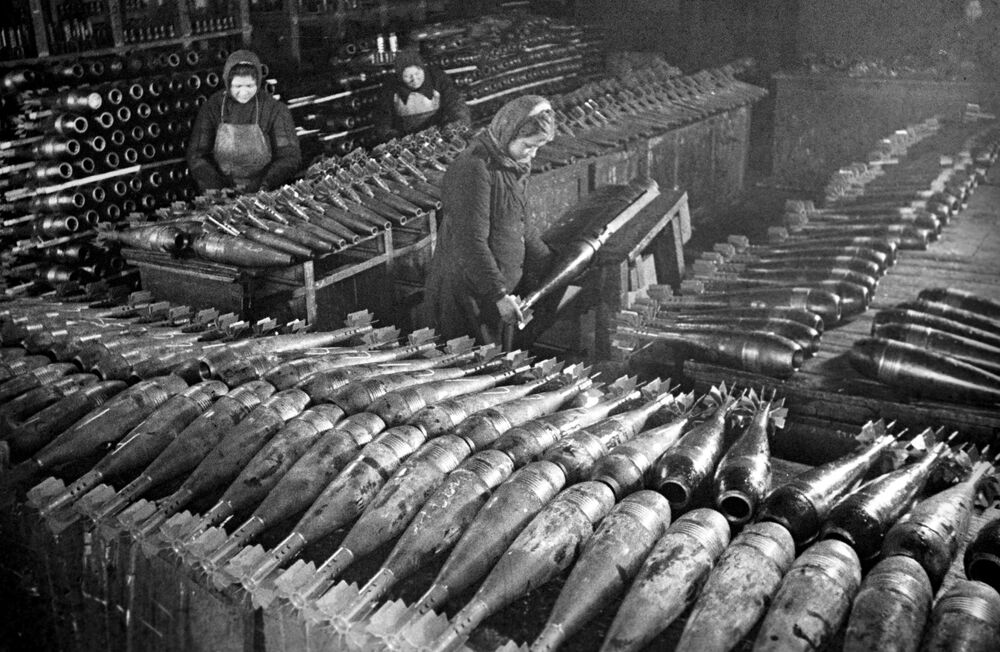 Women make mines at a Moscow plant in 1942