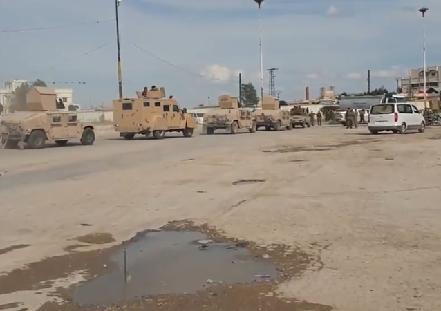 SDF vehicles move to quash a Daesh (ISIS) prisoner uprising in Hasakah, northeast Syria. May 3, 2020.