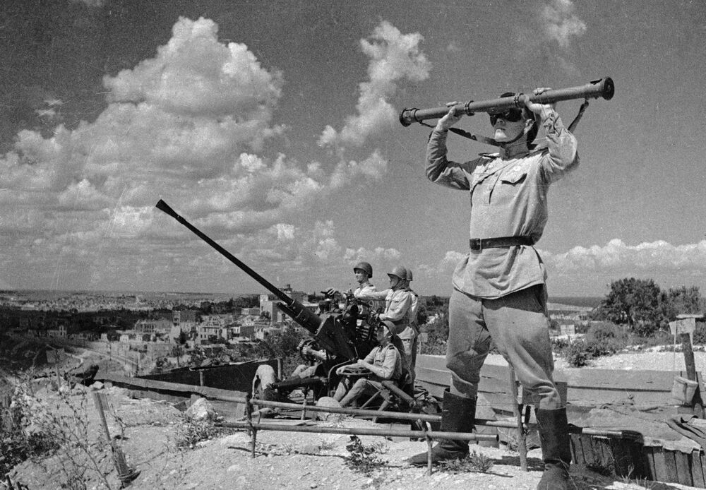 Anti-aircraft gunners guard the sky over the liberated Sevastopol.