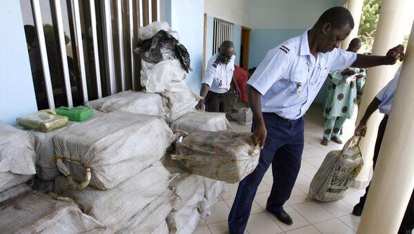 Senegalese police seize drugs - Sputnik International