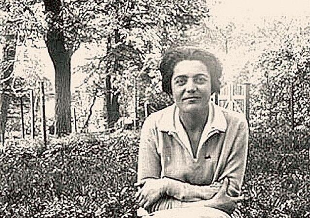 Elizabeth Zarubina