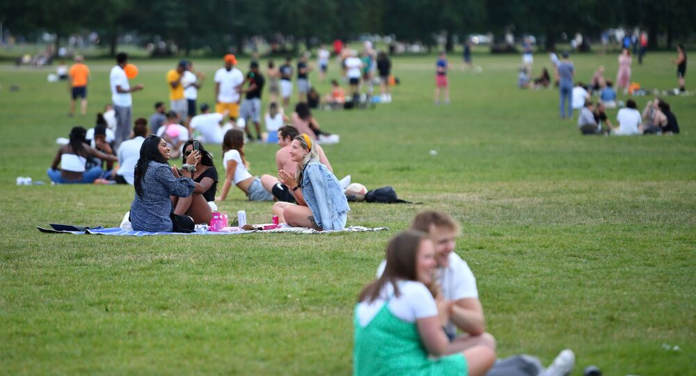 People on Clapham Common applaud during the Clap for our Carers campaign in support of the NHS, following the outbreak of the coronavirus disease (COVID-19), in London, Britain, May 21, 2020
