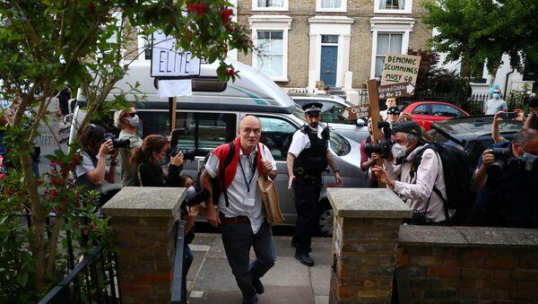 Dominic Cummings, special advisor for Britain's Prime Minister Boris Johnson as he arrives at his home in London following the outbreak of the coronavirus disease (COVID-19), London, Britain, May 25, 2020 - Sputnik International
