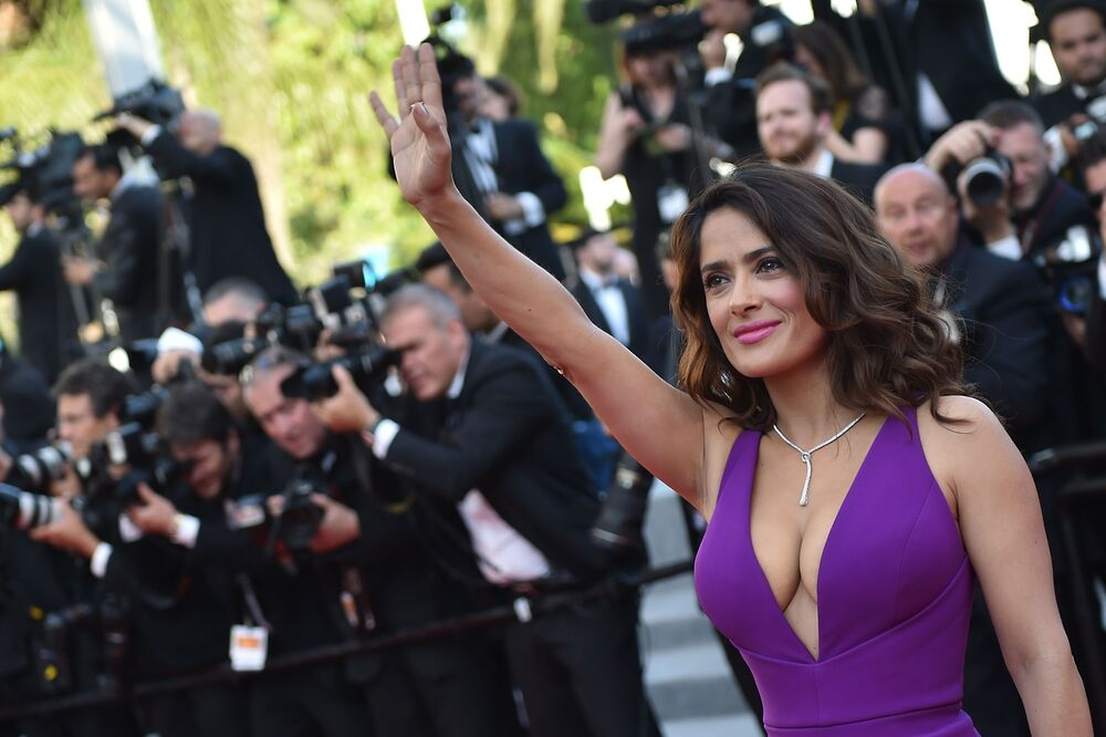 Mexican actress Salma Hayek poses as she arrives for the screening of the film Carol at the 68th Cannes Film Festival in Cannes, southeastern France, on May 17, 2015.