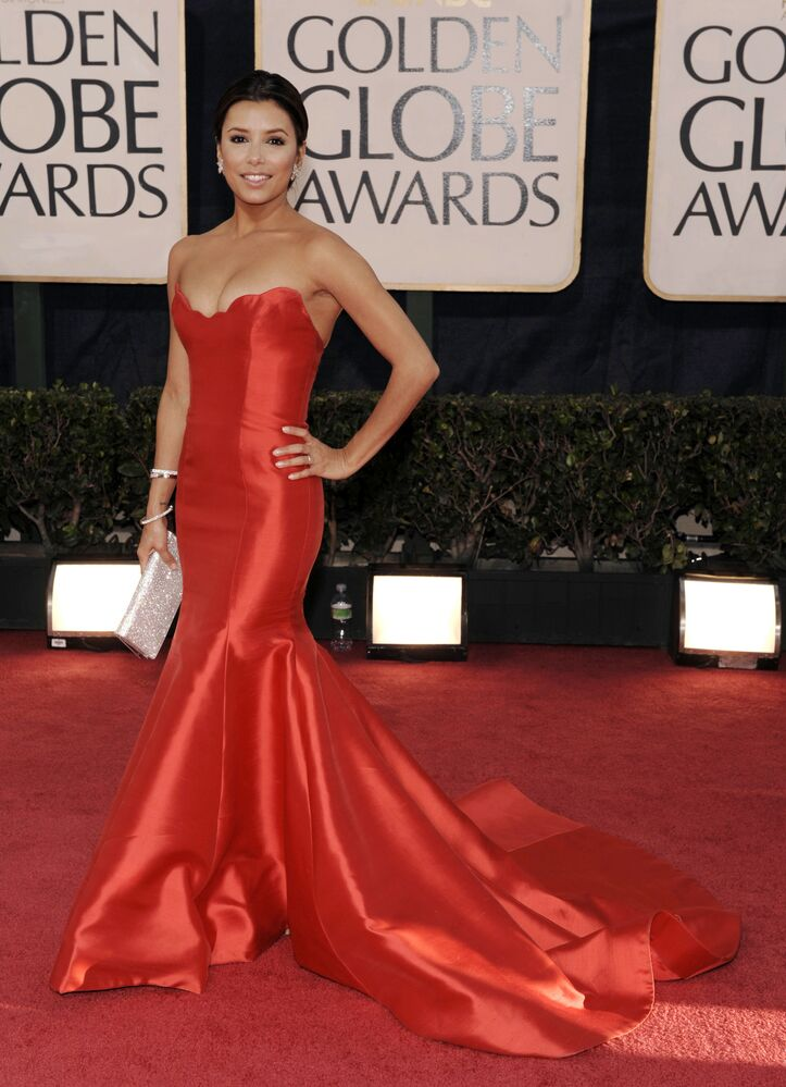 Actress Eva Longoria arrives at the 66th Annual Golden Globe Awards on Sunday, Jan. 11, 2009, in Beverly Hills, Calif.