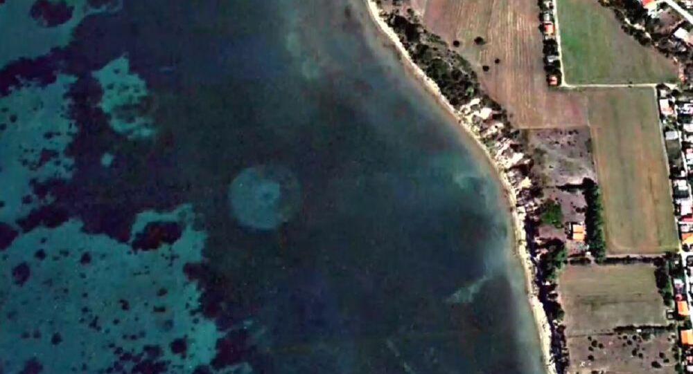 Fleet of UFOs Underwater Off Greece Coastline, Google Earth