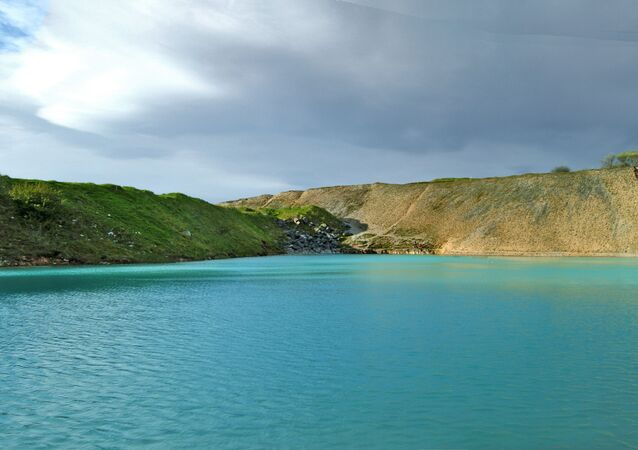 The blue lagoon of Harpur Hill Quarry