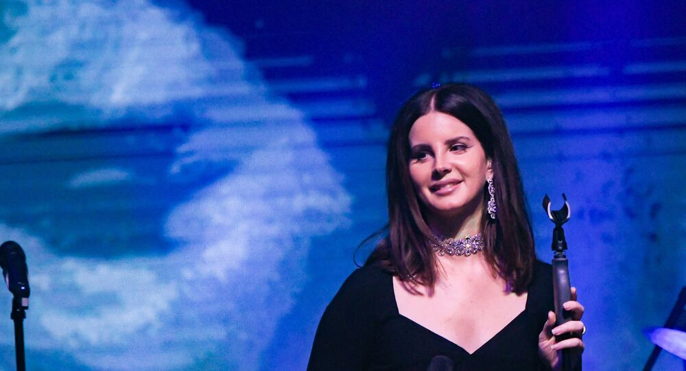 Lana Del Rey faces backlash for posting video of protesters on Instagram