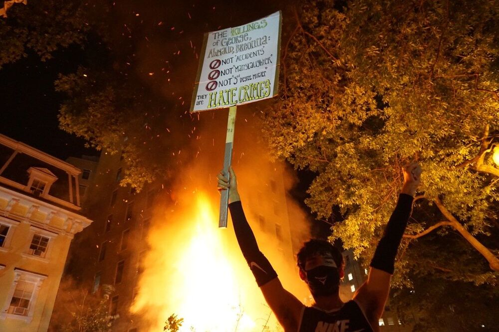 'Black Lives Matter': Washington, DC in Flames as George Floyd Riots Rage on