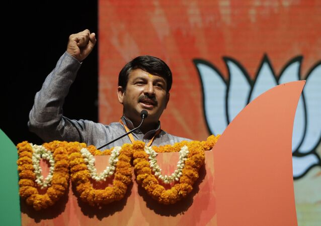 Bharatiya Janata Party's, (BJP) Delhi unit chief Manoj Tiwari speaks during a ceremony to felicitate party president Amit Shah and the newly elected Delhi municipal officials from the party in New Delhi, India, Tuesday, May 2, 2017