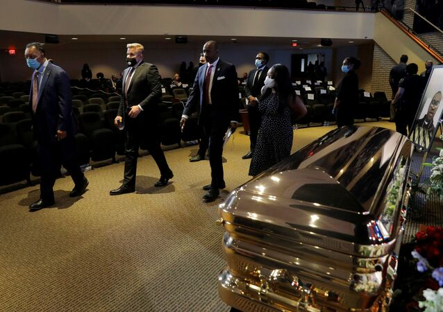 Civil rights activist Reverend Jesse Jackson is seen during a memorial service for George Floyd following his death in Minneapolis police custody, in Minneapolis, in Minneapolis, U.S., June 4, 2020. REUTERS/Lucas Jackson