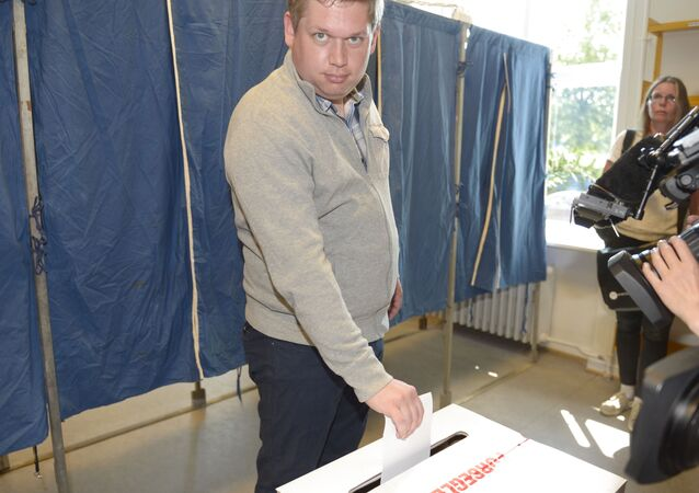 Rasmus Paludan, leader of Danish right wing party Stram Kurs, casts his vote at the Vesterbro public library polling station on June 5, 2019 in Copenhagen, during the parliamentary elections 2019