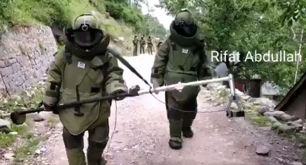 Another Video from Uri Baramulla.  Bomb Disposal Squad detonating unexploded RP Shell