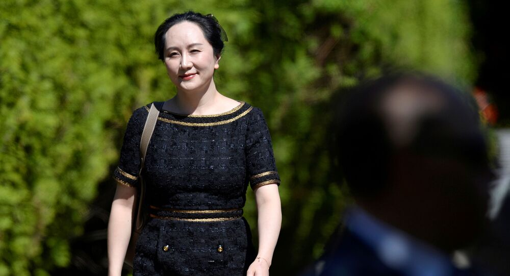 Huawei Technologies Chief Financial Officer Meng Wanzhou leaves her home to attend a court hearing in Vancouver, British Columbia, Canada May 27, 2020. REUTERS/Jennifer Gauthier     TPX IMAGES OF THE DAY