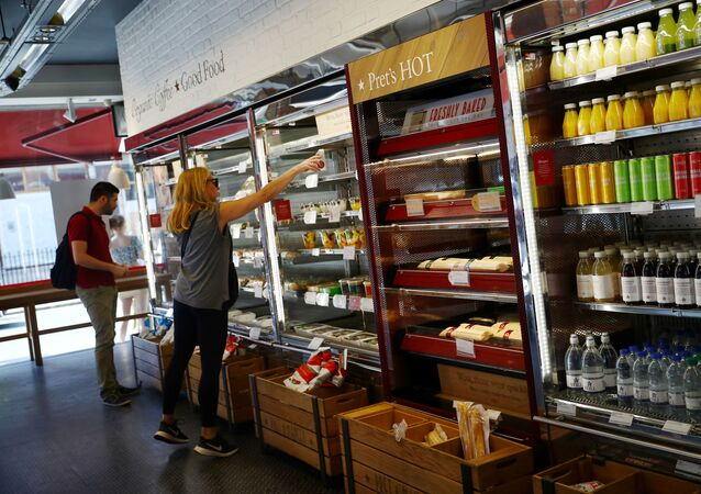 Customers shop at Pret a Manger in New Cavendish Street, following the outbreak of the coronavirus disease (COVID-19), London, 1 June 2020