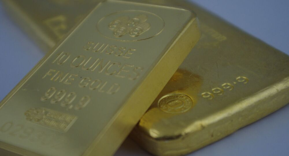 Swiss search for owner of gold haul left on train