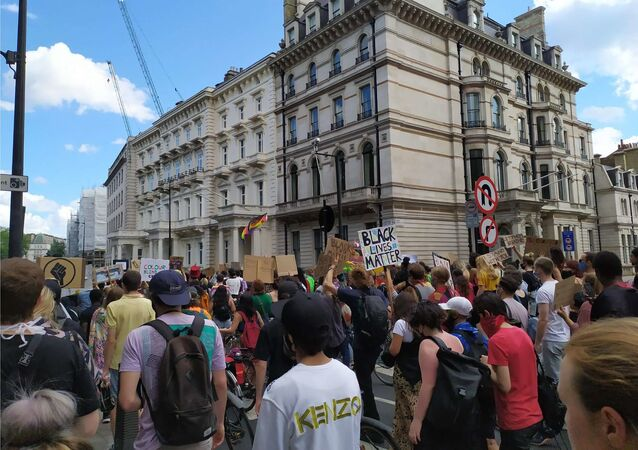 Protests Continue in London as March Heads Down Grosvenor Place