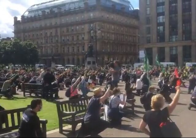 Hundreds of people turned up to an anti-racism rally in Glasgow city centre on Saturday, despite warnings to stay at home due to lockdown restrictions.