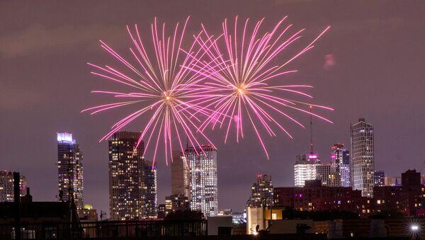 Illegal fireworks illuminate the sky over the Bedford-Stuyvesant neighborhood of the Brooklyn borough of New York City, New York, U.S., June 19, 2020.  - Sputnik International