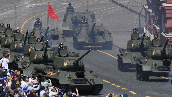 T-34-85 tanks during a military parade to mark the 75th anniversary of Victory in the Great Patriotic War of 1941-1945 in Red Square in Moscow. - Sputnik International