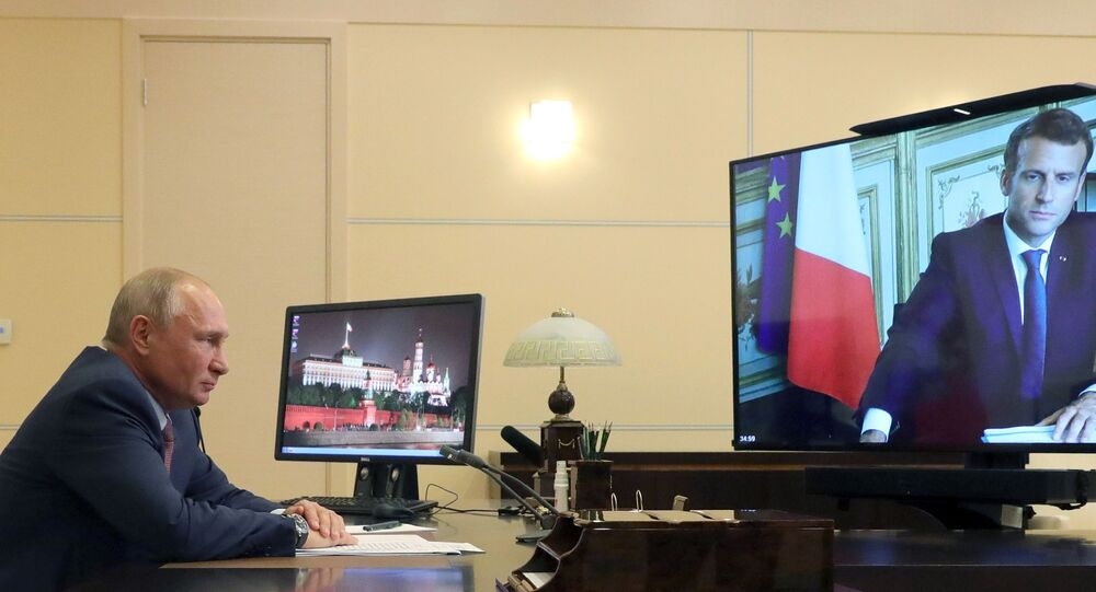 Putin, Macron Hold Video Conference to Discuss Security and International Issues