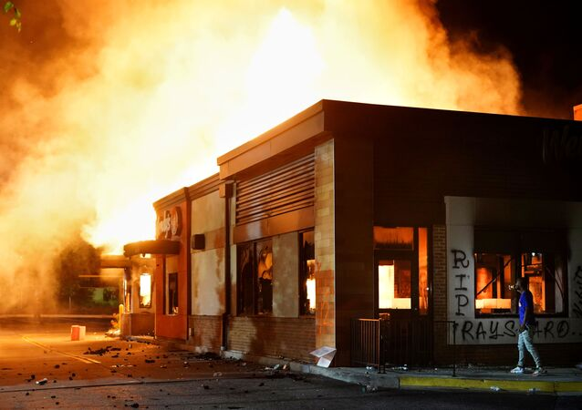 A Wendy's burns in Atlanta