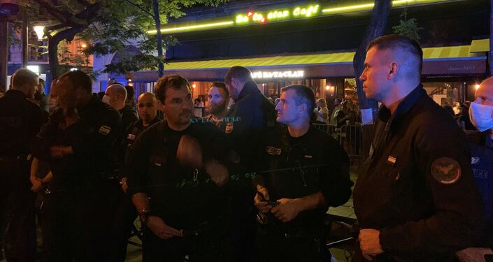 French officers protest against Castaner's announcements in front of the Bataclan on 26-27 June 2020