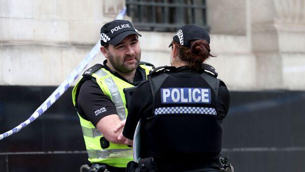 Police officers at West George Street in Glasgow - Sputnik International