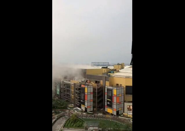 DLF Mall of India cinema roof collapses