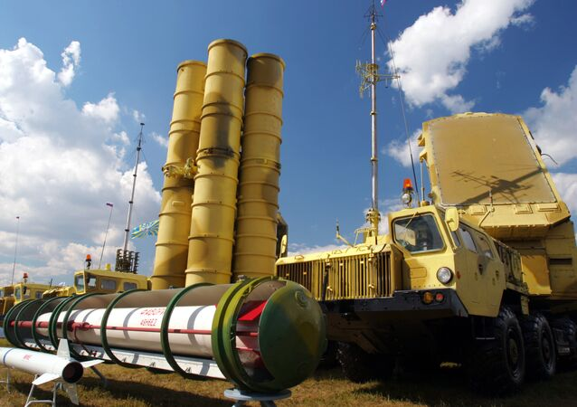 Iran expects Russia to meet its contractual obligations to deliver the S-300 air defense systems, canceled by Moscow after international sanctions were imposed on the country, Iranian Ambassador to Russia Mehdi Sanaei told RIA Novosti in an interview Tuesday.