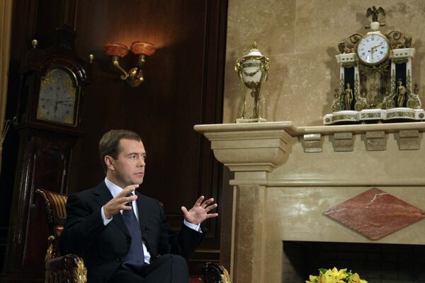 Russian President Dmitry Medvedev interviewed by Chinese Central Television [CCTV] - Sputnik International
