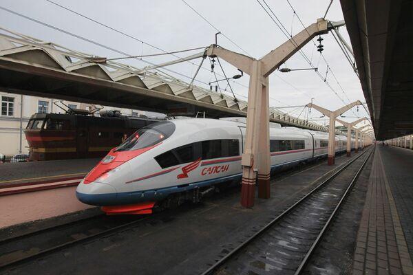 High-speed Sapsan train to make first commercial run - Sputnik International