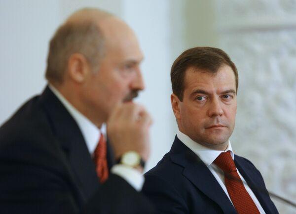 Russia, Belarus start West 2009 military exercise - Sputnik International