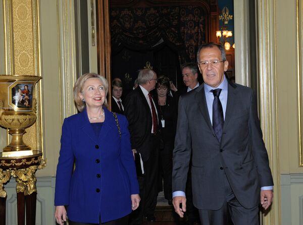 Hilary Clinton,  Sergei Lavrov - Sputnik International