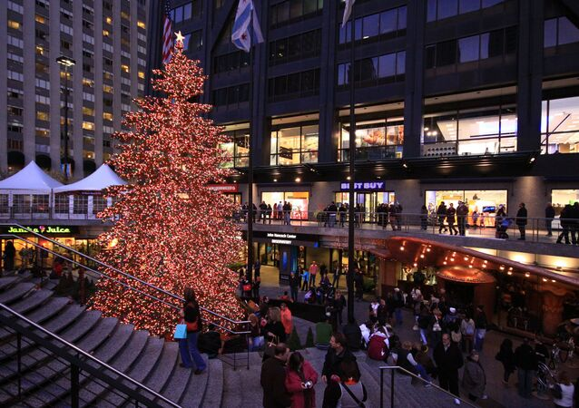 Chicago holds annual Magnificent Mile Lights Festival