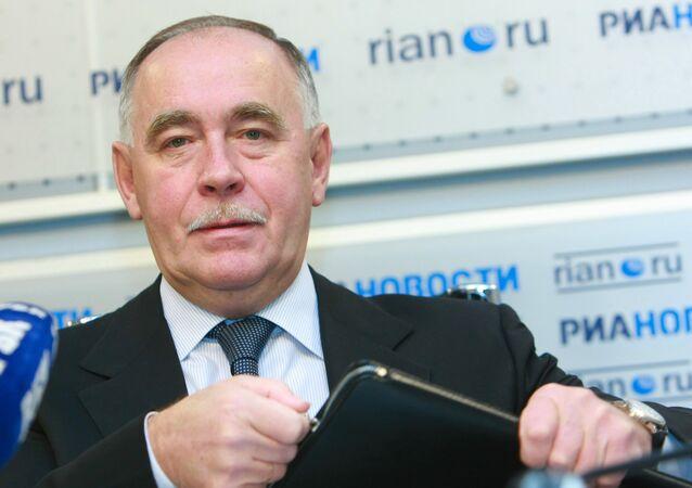 Директор ФСКН РФ В. Иванов на пресс-конференции