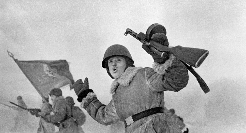 WWII Soviet soldiers near Leningrad