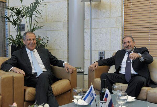 Russian Foreign Minister Sergei Lavrov with his Israeli counterpart Avigdor Lieberman - Sputnik International