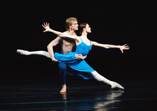 Ballet and opera companies of the legendary Russian theatre from St.Petersburg are to perform in the United States from January 14 to February 6.