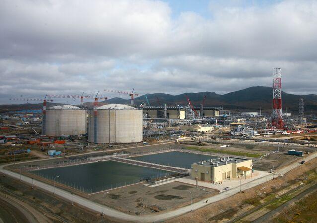 Строительство завода по сжижению природного газа (СПГ)