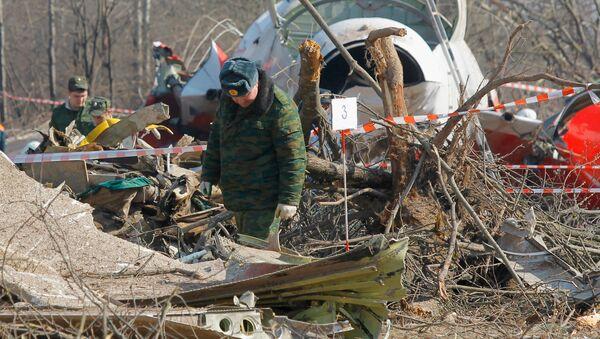 Lech Kaczynski's Tu-154 plane crashed in Smolensk - Sputnik International