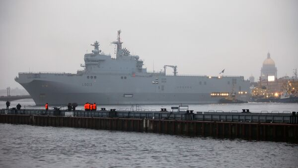 Russia Drops Plans to Build Two Mistral Class Ships - Sputnik International