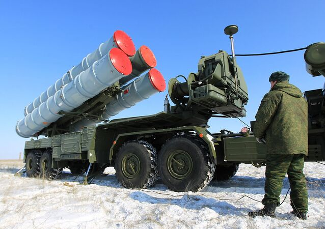 The S-400 preparing for launch. Archive photo.