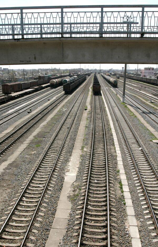 Scrap Metal Dealers Steal Locomotive in Siberia – Police - Sputnik International