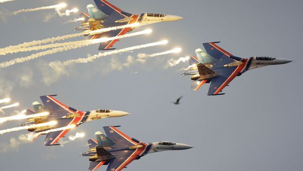 The Russian Knights aerobatic team has qualified to perform on Tuesday at Airshow China 2014, Russian Air Force representative, colonel Igor Klimov said. - Sputnik International