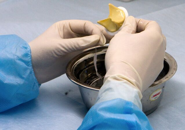 Moscow surgeons perform rare heart operation