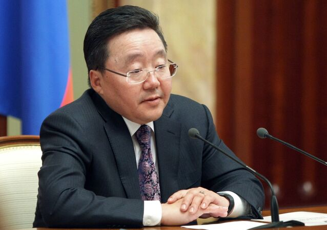 Coercive means will not provide a solution to the conflict in southeastern Ukraine, and only peaceful means can end ongoing struggle, President of Mongolia Tsakhiagiin Elbegdorj said on Wednesday.