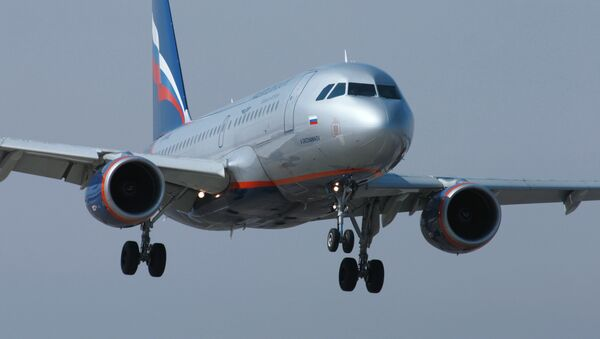 Aeroflot's CEO Vitaly Savelyev said the company plans to increase passenger traffic on flights to Crimea. - Sputnik International